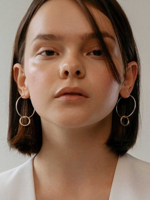Float earring
