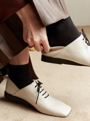 marguerIte oxford (ivory)