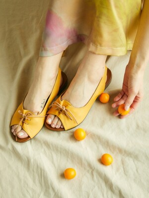 Ribbon String Sandal_Saffron Yellow