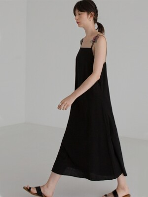 STRING SLEEVELESS DRESS - BLACK