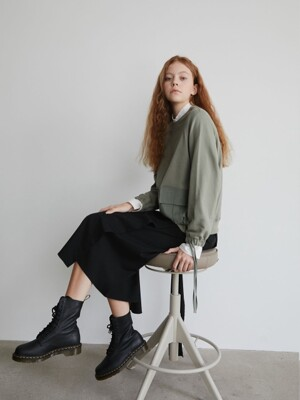 19' FALL_Olive Out Pocket Sweatshirt