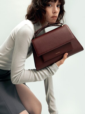 MATIN II SHOULDER BAG IN BURGUNDY