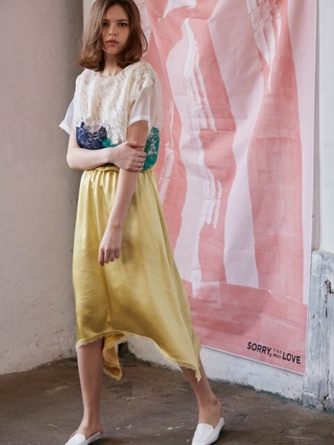 unbalance satin long skirts_yellow