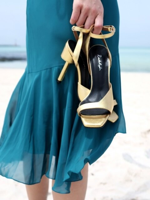 ASYMMETRY ANKLE STRAP 100 SANDALS IN GOLD LEATHER