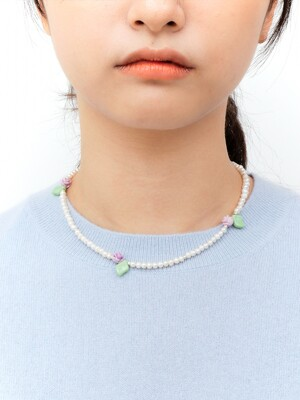 SOFT GARDEN PEARL NECKLACE