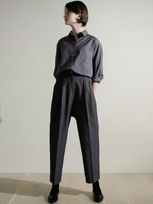 Twill cotton tuck pants (Deep grey)