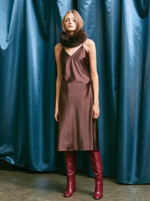 SATIN SLIP MIDI DRESS. BROWN
