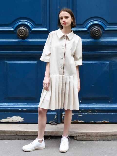 Pleated Shirts One-piece_beige