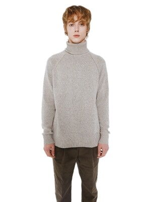 Lambswool Turtleneck_Beige