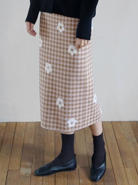 Checked Floral knit Skirt (Beige)