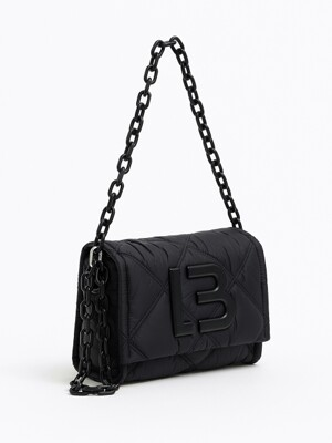 S padded nylon flap bag in black_B215AIB003BK