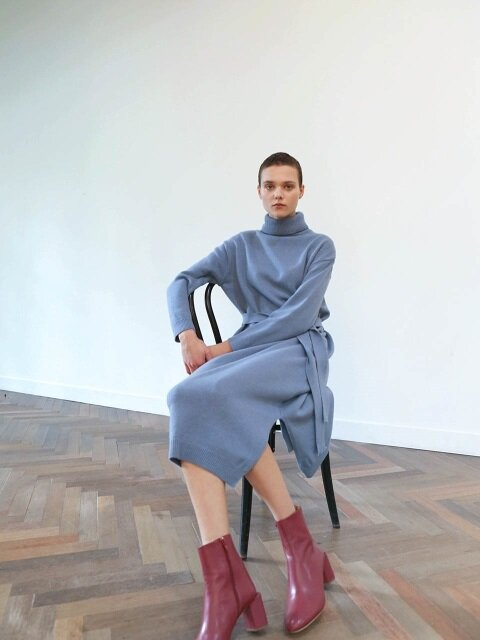 TURTLENECK KNIT DRESS_BLUE