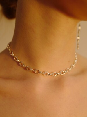 ribbon chain choker