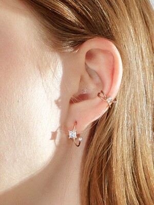 BRILLANCE FRONT SQUARE HOOP EARRING