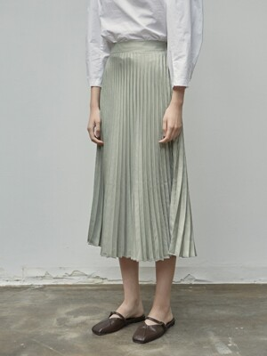 SATIN PLEATS LONG SKIRT_KHAKI