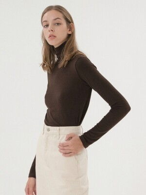 Long Sleeve Turtleneck - Brown