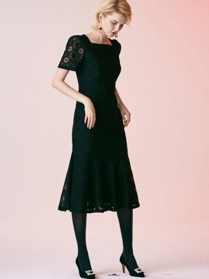 SQUARE NECK LACE DRESS_BLACK