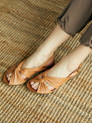 Cross Strap Sandal_Coconut