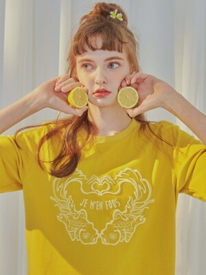 HEART FINGER CROP TOP [MUSTARD]