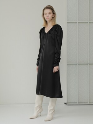 19FALL SHIRRING DRESS /BLACK