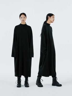 UNISEX AMU OVERSIZED WOOL ONE-PIECE