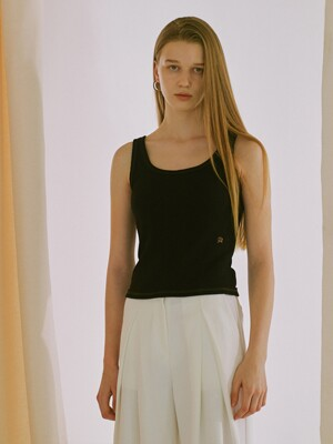 STITCH POINT SLEEVELESS (black)