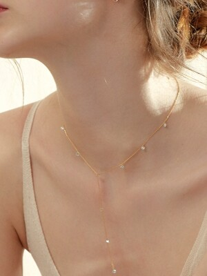 BRILLLION Y CHAIN NECKLACE