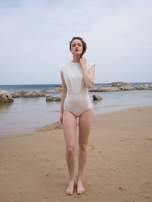 High neck swimsuit_cream