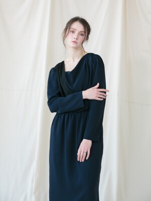 Drapery Shirring Dress_NAVY