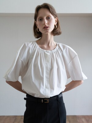 19FW GATHERED HALF-SLEEVE VOLUME SHIRT (IVORY)