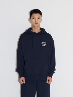 SUNDAY RUNNING CLUB HOODIE JA [NAVY]