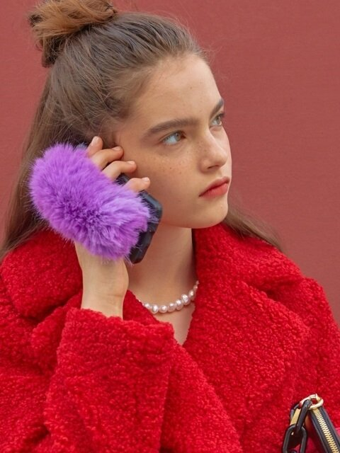 Fur Handle Phonecase_Violet