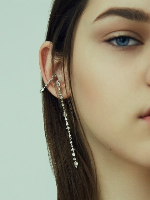 CUPID'S ARROW ear cuff
