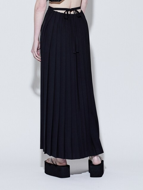 19SS BACK PLEATS SKIRT