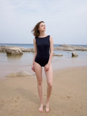 Boat neck swimsuit_navy