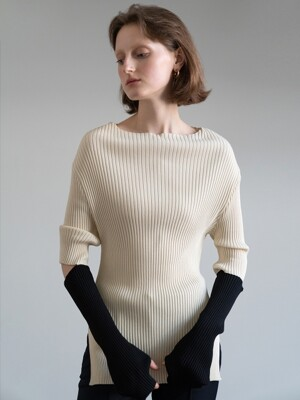 19FW CUT-OUT DETAIL KNIT TOP (CREAM)