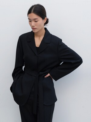 belted jacket (black)