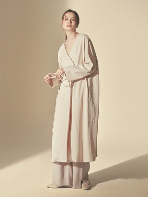 STRING ONE-PIECE ROBE_Ivory