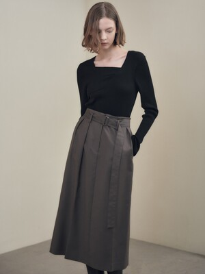 Two-tucked Long Skirt  SW1SS135-6G