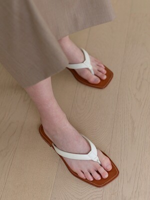 21SS Leather Strap Sandal Ivory