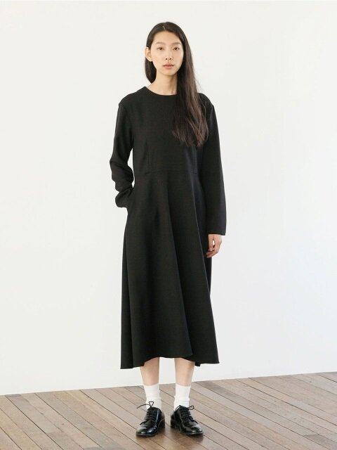 Heavy Weight Flared Dress - Black