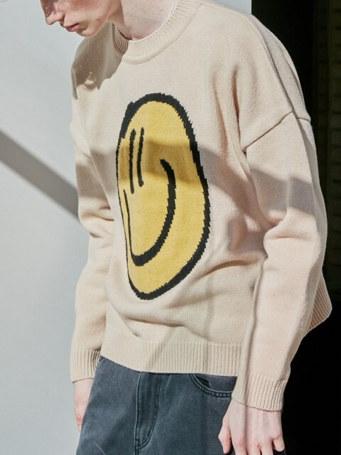 GOODTOGETHER SMILE SWEATER BEIGE