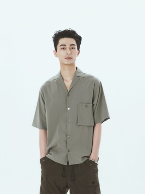 Simple Open-Collar Pocket Shirts Olive