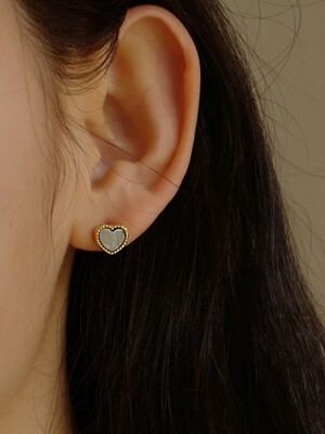 Alice Heart Earring