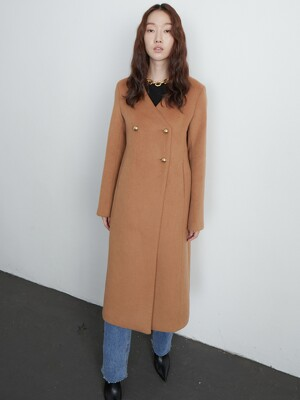 Collorless coat_camel