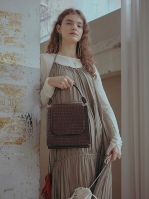 Croc Ora Tote Bag (Chestnut Brown)
