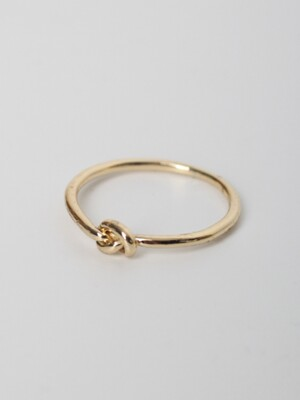 LU47 TOUxHAS Gold knot ring