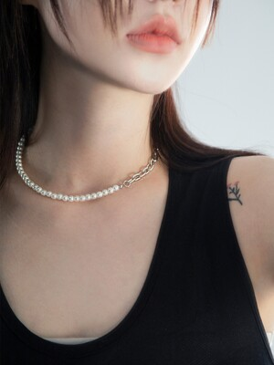 Ball pearl mix necklace