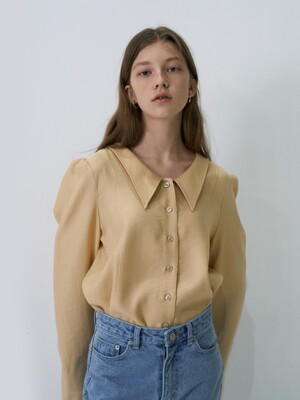 21' Spring_Butter Cream Low Neck Blouse