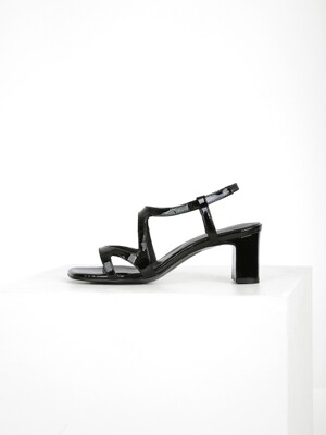 CUT OUT SANDAL - BLACK